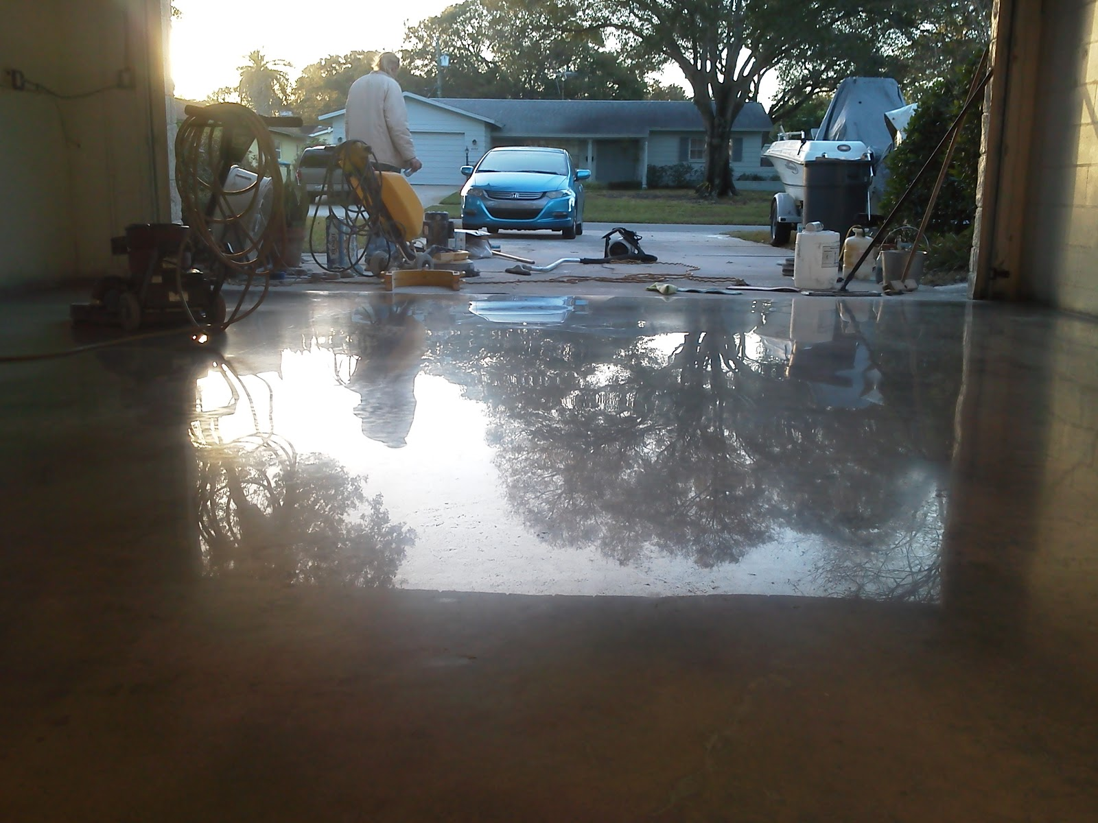 St petersburg garage concrete floor restoration and polishing for Garage floor maintenance